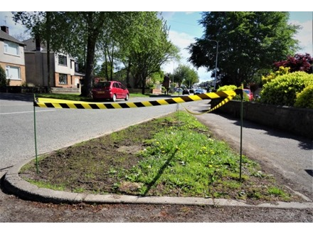 Economy barrier tape, black and yellow chevron