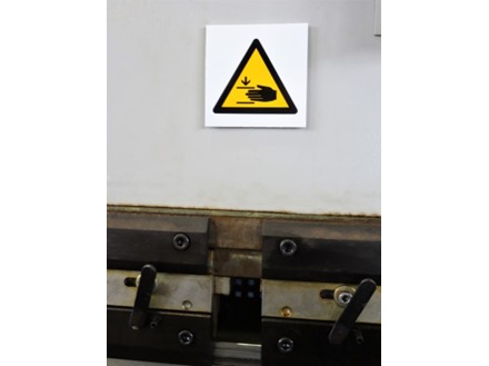 Finger trap keep clear hazard symbol safety sign.